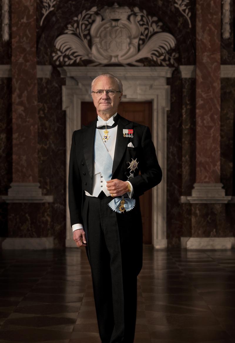 Sällskapet Par Bricoles Höge Beskyddare – H.M. Konung Carl XVI Gustaf. Kungl. Hovstaterna. Foto: Bruno Ehrs.